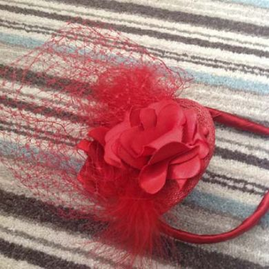 Red Net Fascinator